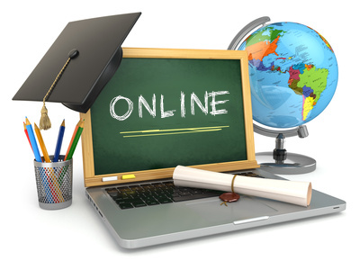 4 Ways Online Learning Benefits Homeschool Students